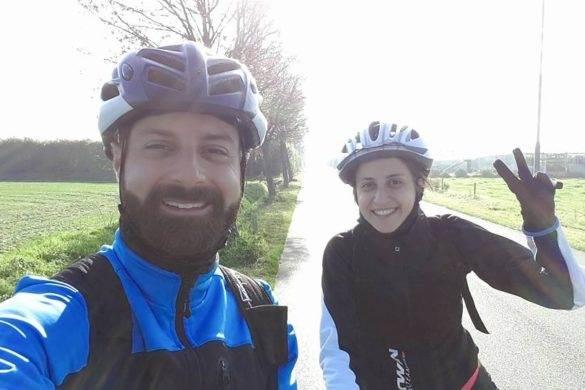 Io e la mia sorellina durante il viaggio in bici da Bruxelles a Rotterdam